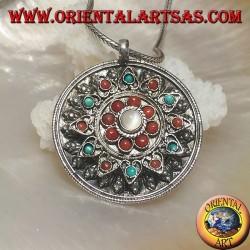 Ciondolo in argento medaglione a scatola con coperchio a fiore con coralli e turchesi antichi e pietra di luna centrale