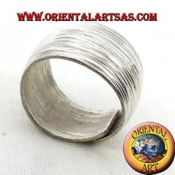 anello fascia bombata Karen rigata in argento