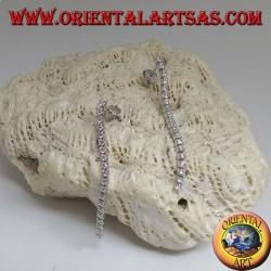 Orecchini in argento a farfalla con mini tennis pendente di zirconi bianchi