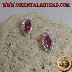 Boucles d'oreilles en argent avec rubis navette synthétiques serties de zircons blancs