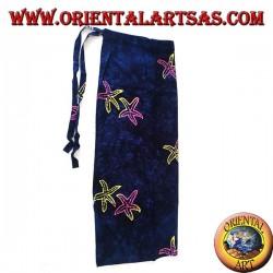Jupe paréo bleue avec des motifs d'étoiles de mer aux couleurs chaudes