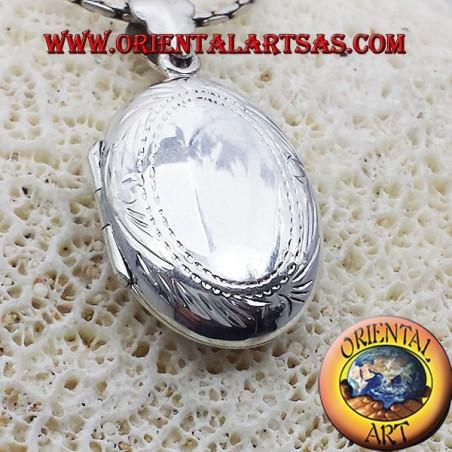 Ciondolo Portafoto ovale in argento