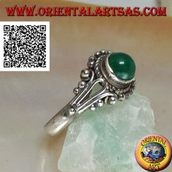 Silver ring with round cabochon aventurine surrounded by intertwining and balls decoration