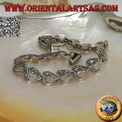 Bracciale in argento con 18 cuori per metà traforati e per metà tempestati di marcassite