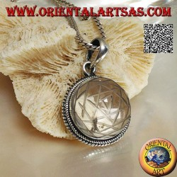 Ciondolo in argento con Sri Yantra inciso su cristallo di rocca tondo e bordo intrecciato