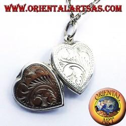 Ciondolo Portafoto cuore intarsiato in argento