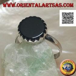 خاتم من الفضة مع أونيكس دائري مسطح مرصع بالأسنان على محيط بسيط