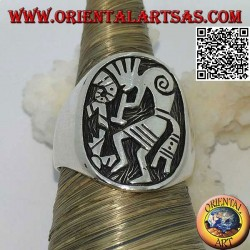 Silver Kokopelli bas-relief ring, symbol of happiness