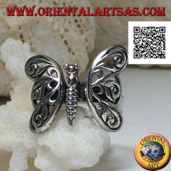 Silver ring with butterfly with movable perforated decoration wings
