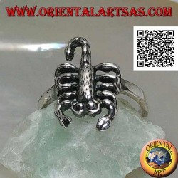 Silver ring with scorpion in an offensive position