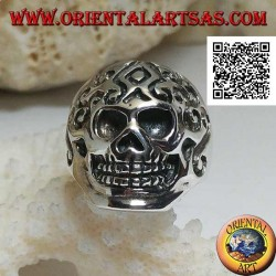 Silver ring, skull with Celtic engravings (triskéll)