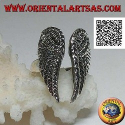 Silver ring with double closed angel wings