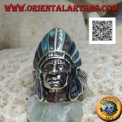 Silver ring, head of a Native American Indian with paua shell (abalone) feather headdress and feather on the sides