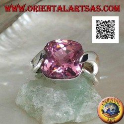 Rhodium silver ring with pink square faceted zircon hooked on two sides