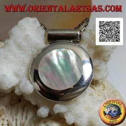 Ciondolo in argento con madreperla tonda su montatura liscia laterale e gancio tubolare