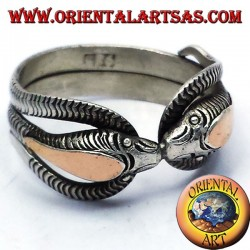 two cobras ring in silver with 14 carat gold leaf