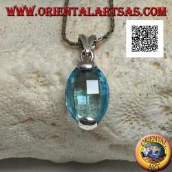 Ciondolo in argento con topazio azzurro sfaccettato ovale incastonato sopra e sotto
