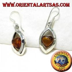 Серебряные серьги с янтарем сердца
