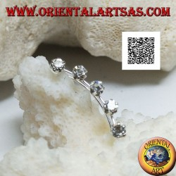 Orecchini in argento rampicanti (climber) con una fila curva di 5 zirconi bianchi