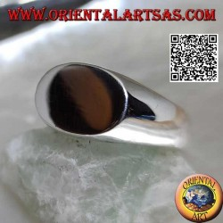 Smooth silver ring with flat transverse oval