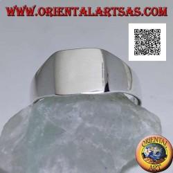 Bague en argent lisse avec carré biseauté arrondi lisse (petit - 9 mm)