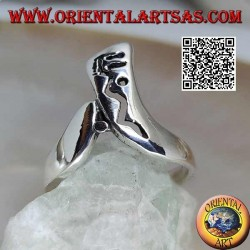 Boomerang-shaped silver ring with openwork decoration