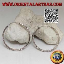 Boucles d'oreilles rondes en argent diamant de 45 mm.