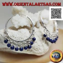 Orecchini in argento a cerchio con intrecci e palline pendenti di lapislazzulo da 30 mm