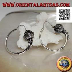 Orecchini in argento, cerchi lavorati sfera sfera bi-decorata e palline, 30 mm