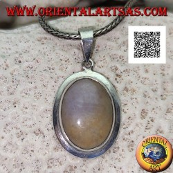 Silver pendant with cabochon oval musk agate with smooth protruding edge