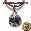 silver pendant shell