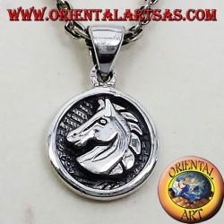 Ciondolo medaglietta testa cavallo in argento