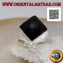 Silver ring with faceted square rhomboid onyx on smooth setting