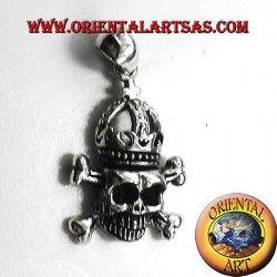 Skull pendant with silver crown