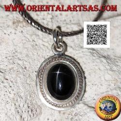 Pendentif en argent avec cabochon ovale étoile noire (Diopside) entouré de tissage