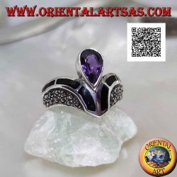 V-shaped silver ring studded with marcasite with onyx and natural amethyst decoration with central drop