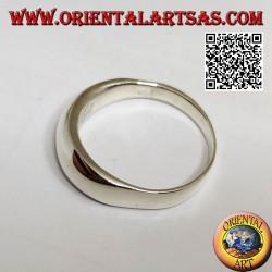 Anello in argento liscio a fascia bombata e spessa sul davanti