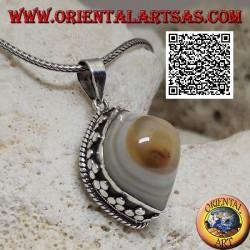Ciondolo in argento occhio di Shiva giallo a navetta cabochon contornato da intreccio e tris di dischetti