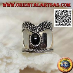 Silver ring with wide V-shaped band with oval onyx and serpentine on one side, Bali
