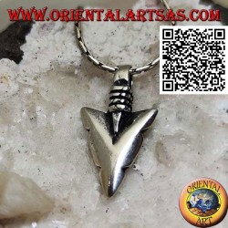Silver pendant: Native American thick arrowhead