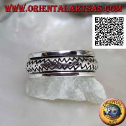 Anti-stress rotating silver ring, convex with double engraved zig zag line