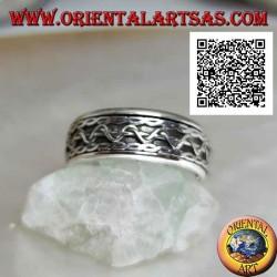 Anello fedina in argento girevole antistress, linee intrecciate con movimento ad onda centrale