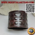 Wide bracelet in genuine leather, three rows of raised squares with clip closure and 2 lengths (brown)