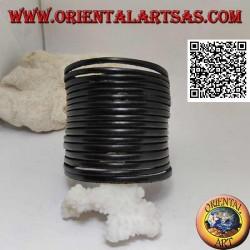 Bracciale largo in vero cuoio, a righetti lisci con chiusura a clip e 2 lunghezze (nero)