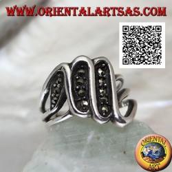 Anello in argento a tripla S a formare tre segmenti tempestati di marcassite