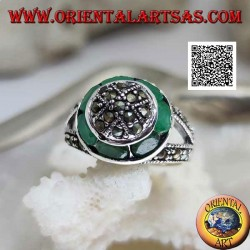 Marcasite-studded dome silver ring and natural oval emerald circular ring