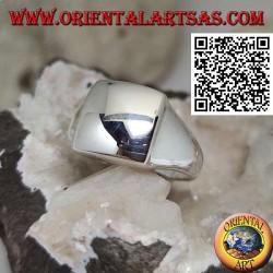 Anello in argento liscio con quadrato bombato rialzato 14*14