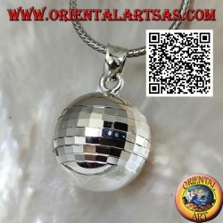 "Silver pendant ""Call of the Angels"" with specular squares (Ø 20 mm.)"