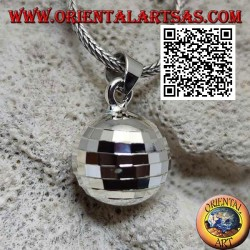 "Silver pendant ""Call of the Angels"" with specular squares (Ø 14 mm.)"