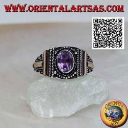 Silver ring with oval amethyst with decoration in balls and 14 karat gold plates